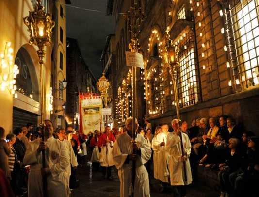 Santa Croce e Volto Santo: Luminara di Lucca (13 e 14 settembre)