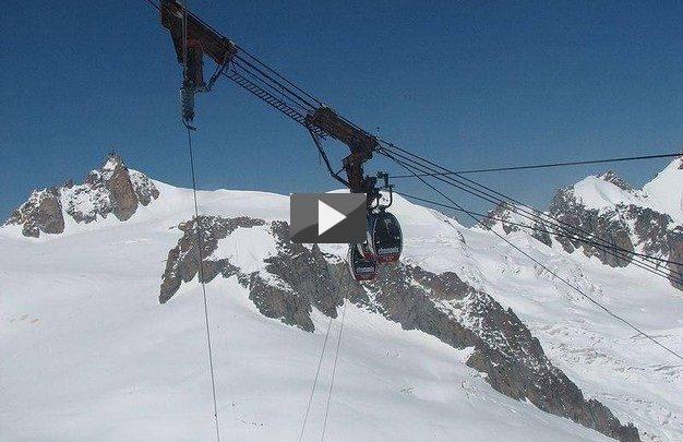 Monte Bianco Funivia bloccata, altri 16 da salvare (Video - Diretta)
