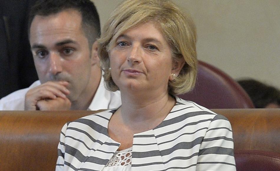 """Muraro indagata, assessore all'Ambiente di Roma: """"Vado avanti"""""""