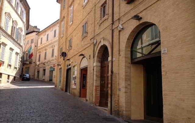 Terremoto Macerata oggi 30 ottobre: chiuse le strade del centro storico