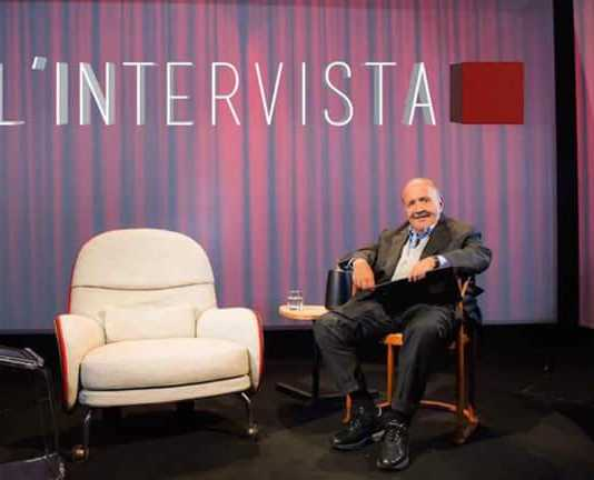 """Replica """"L'intervista"""" a Fabrizio Corona: Video Streaming Puntata (13 ottobre)"""