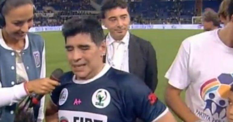 Lite Maradona-Veron durante la partita della pace (Video)