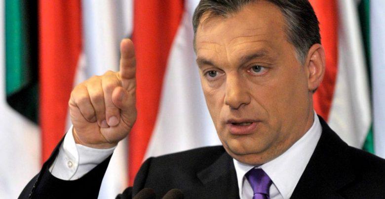 """Migranti, Orban: """"Renzi nervoso, Italia adempia agli obblighi UE"""""""