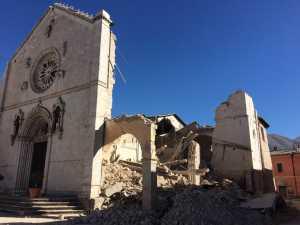 Terremoto Centro Italia, 28000 sfollati e viabilità al collasso