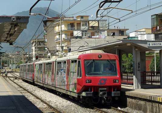 Orari Circumvesuviana Napoli, tutte le linee