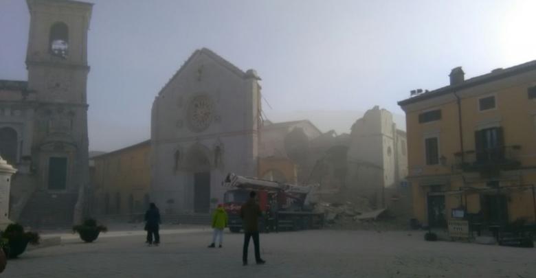 Terremoto 30 Ottobre, a Norcia crolla la cattedrale
