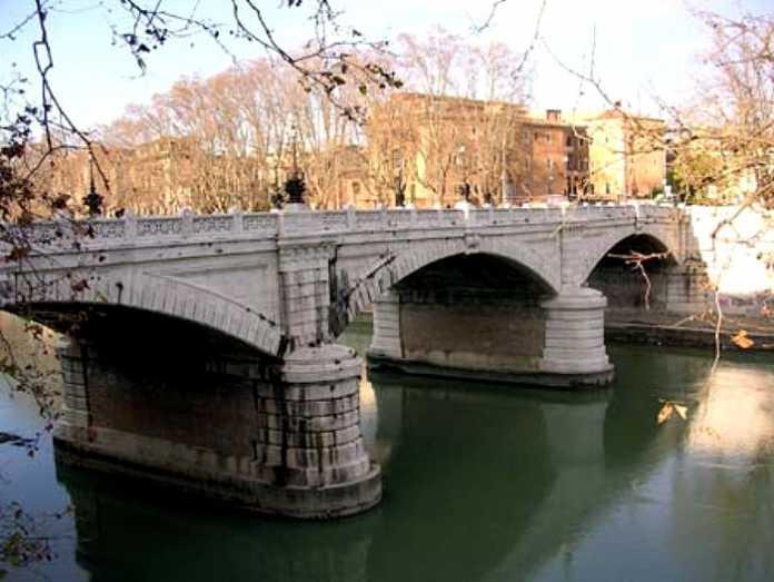 Roma, Ponte Mazzini Chiuso: è inagibile
