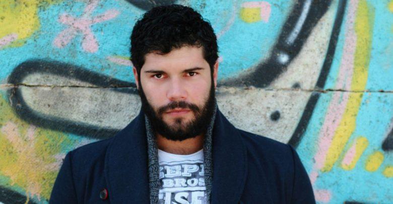 """Salvatore Esposito, libro """"Non volevo diventare un boss"""": il messaggio dell'attore su Facebook"""