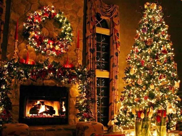 Alberi Di Natale In Legno Addobbati : Albero di natale per una casa piccola hellohome