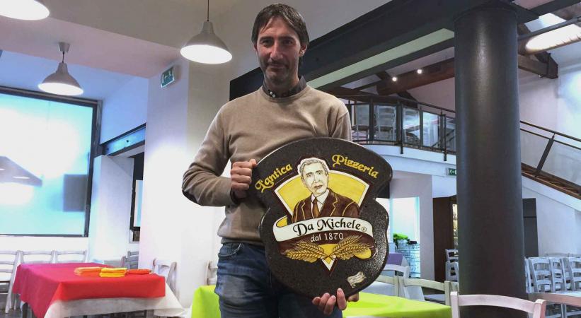 Pizzeria da Michele apre a Roma oggi 24 novembre: la diretta su Facebook