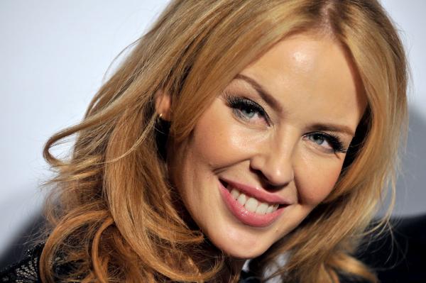 """Kyle Minogue, arriva l'album natalizio """"Snow Queen Edition"""": Uscita e Tracklist"""