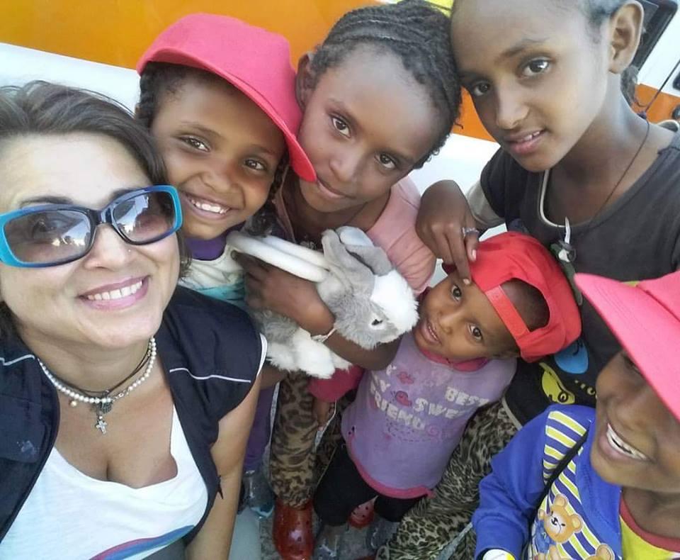 """Associazione """"Mete Onlus"""", parte il progetto """"Il sorriso di Wangari: il dono di un giocattolo"""" 2"""