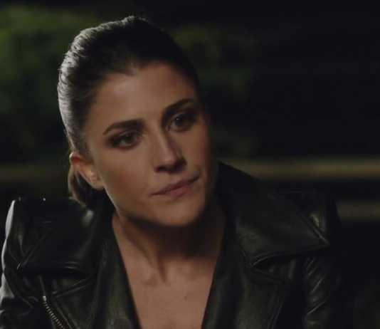 Squadra Antimafia 8: Rachele muore nell'ultima puntata (Video)