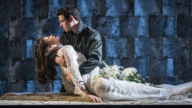 Richard Madden in Romeo e Giulietta di Kenneth Branagh: dal Teatro al Cinema 1