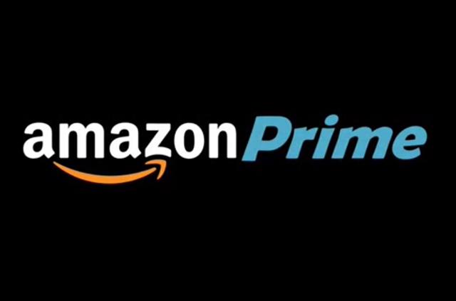 Amazon Prime, Spot Natale 2016: un prete e un imam nell'emozionante pubblicità natalizia (Video)