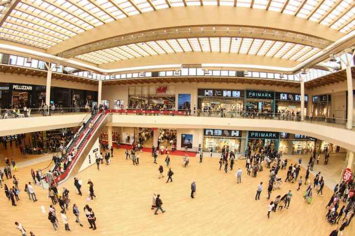 Black Friday 2016 ad Arese: Quali negozi aderiranno alle offerte?