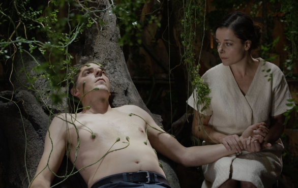 """Rester Vertical (Staying Vertical)"", nuovo film di Alain Guiraudie: la recensione"