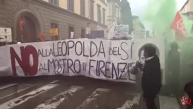 Photo of Scontri a Firenze per il No al Referendum | Video