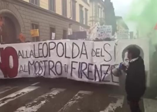 Scontri a Firenze per il No al Referendum | Video