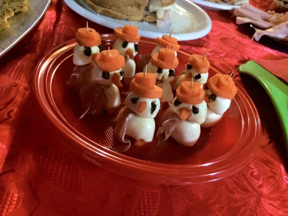 Ricette Originali Natale.Ricette Di Natale Antipasti Pupazzi Di Mozzarella