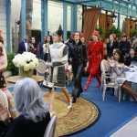 Sfilata Chanel al Ritz di Parigi: Foto collezione Mètiers D'art per la pre-fall 2017 8