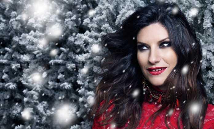 Spot di Natale Baci Perugina con la voce di Laura Pausini (Video)