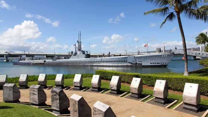 Pearl Harbor, incontro del Premier giapponese con Obama (Video)