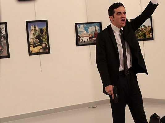 Ambasciatore russo ucciso: Video dell'uccisione