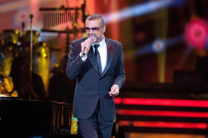 George Michael Morto: le 10 Canzoni più Famose