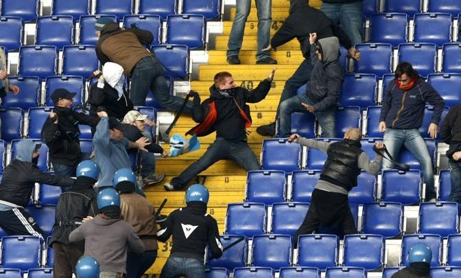 Lazio-Roma, scontri tra tifosi: 5 arresti prima del Derby