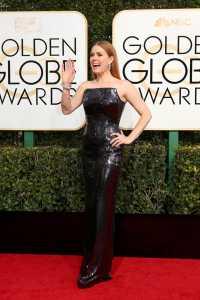 Golden Globe, gli outfit delle star da Emily Ratajkoski a Jessica Biel: Foto e Video 6
