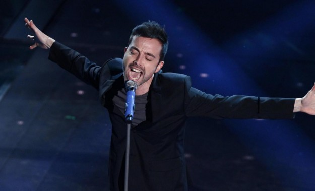 """Diodato, nuovo singolo """"Mi si scioglie la bocca"""": Video e Testo"""