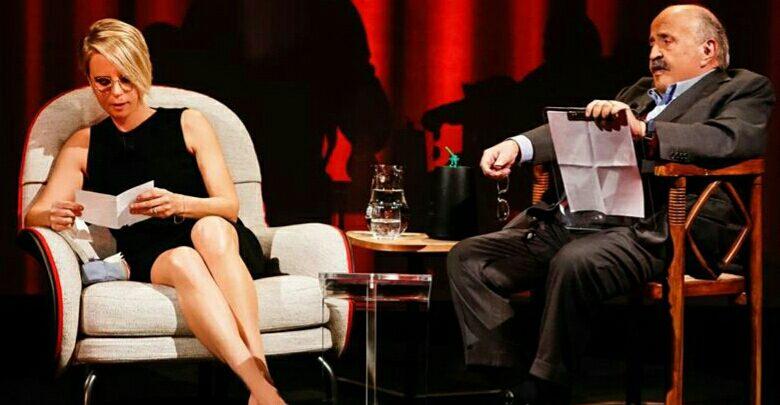 Maurizio Costanzo e Maria De Filippi a L'Intervista su Canale 5 (2 febbraio 2017)