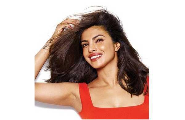 Chi è Priyanka Chopra? L'attrice indiana è la nuova testimonial di Pantene