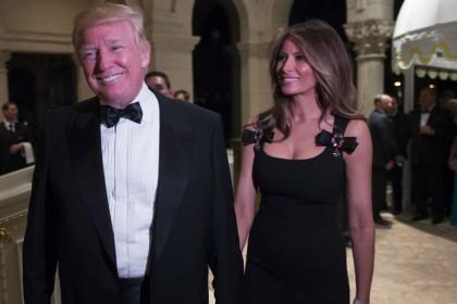 Melania Trump indossa abito Dolce & Gabbana: polemica sul Web (Foto)