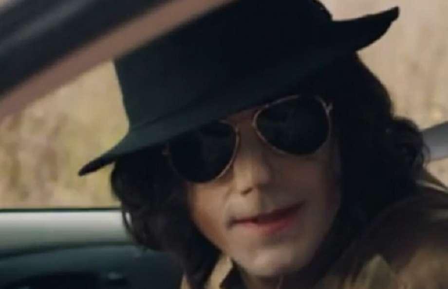 """Urban Myths trailer online: così Joseph Fiennes divenne Michael Jackson"""""""