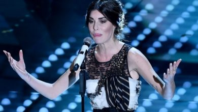 "Photo of Bianca Atzei, nuovo singolo ""Ora esisti solo tu"": Video e Testo"