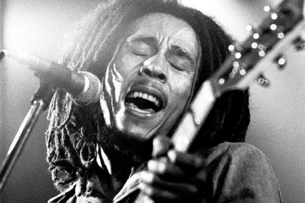 Accadde Oggi 6 febbraio: Nascono Bob Marley e Axl Rose