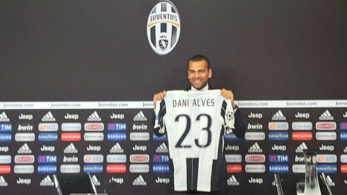 Dani Alves contro il Barcellona: