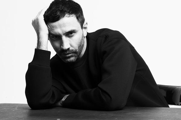 Riccardo Tisci lascia Givenchy, pronta una collaborazione con Versace?