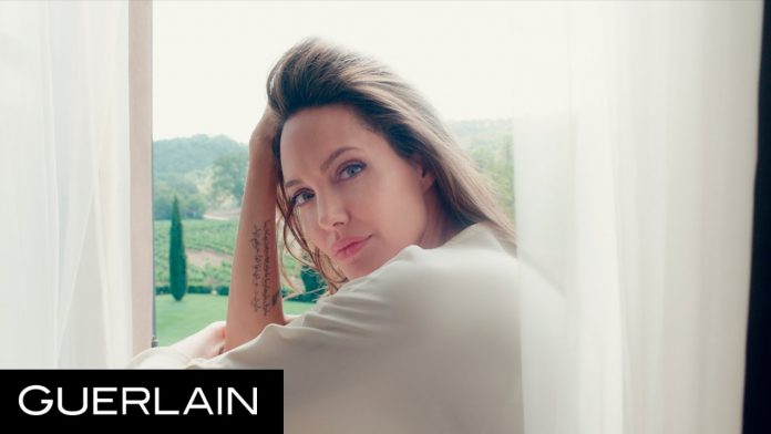 Angelina Jolie spot per Mon Guerlain (Video)