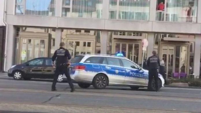 Auto Contro la Folla in Germania: tre feriti