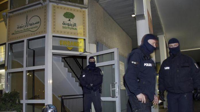 Pericolo Terrorismo a Berlino: 3 arresti e 54 perquisizioni