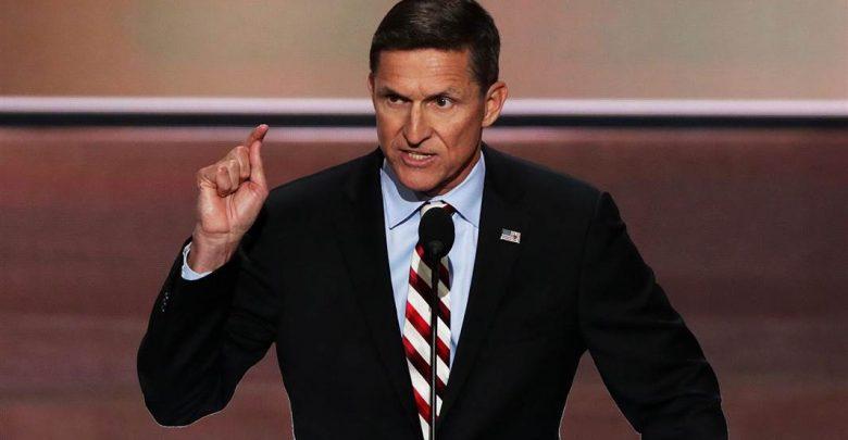 Usa, Flynn si Dimette: va via il Consigliere per la Sicurezza di Trump
