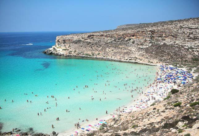 Spiaggia dei Conigli è la Spiaggia più Bella d'Italia per TripAdvisor
