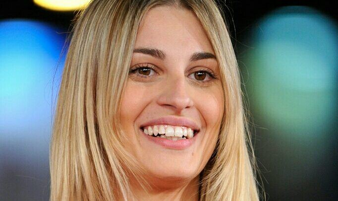Chi è Sveva Alviti, Ospite a Sanremo 2017: Biografia e Wiki dell'artista 2