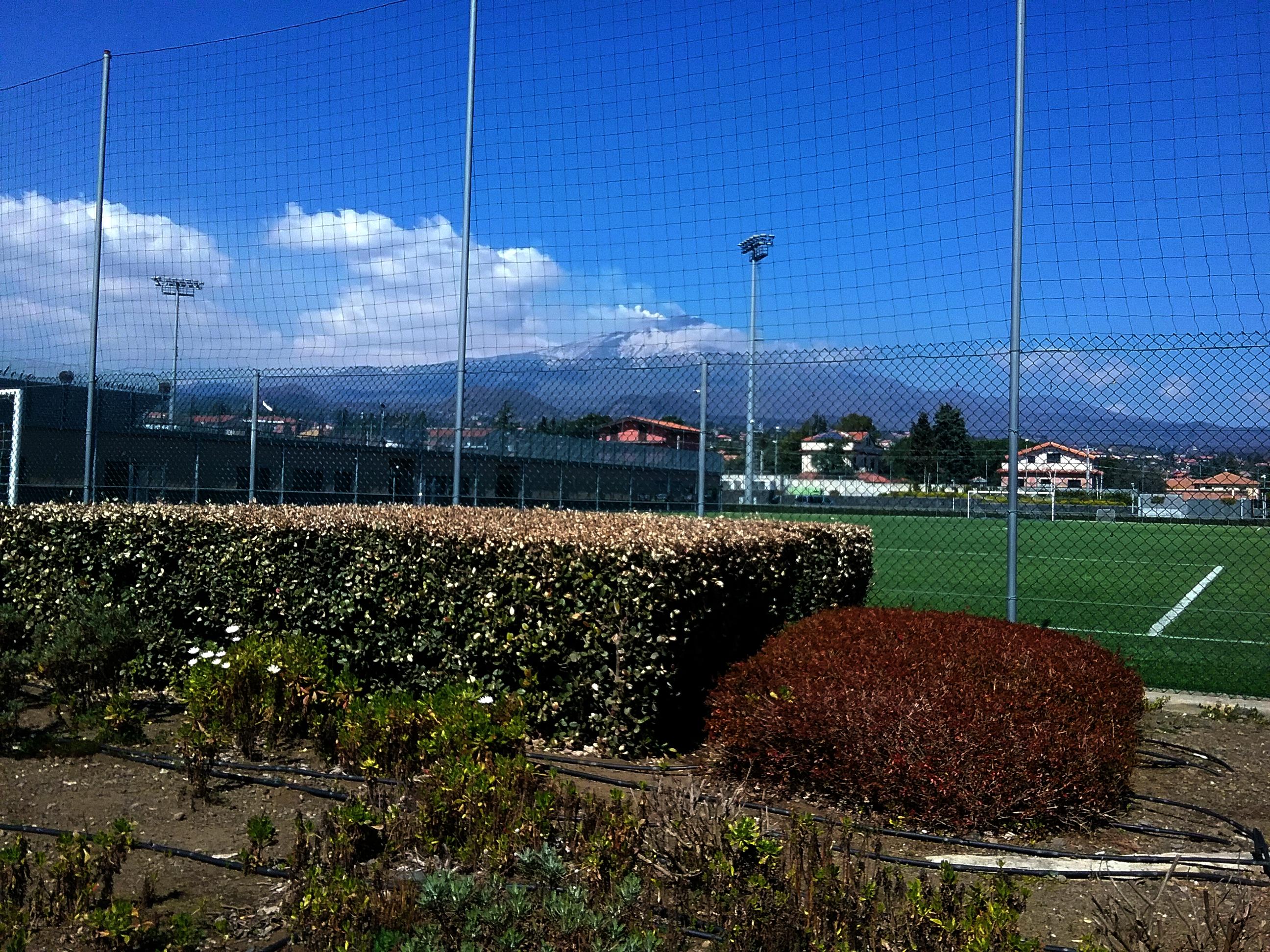 Calcio catania ritiro punitivo in vista del derby contro - Torre del grifo piscina ...