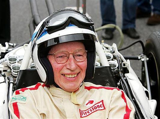 John Surtees Morto: l'ex-pilota di Formula 1 aveva 83 anni