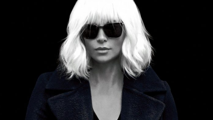 Charlize Theron senza controfigura, due denti rotti sul set di 'Atomic Blonde'
