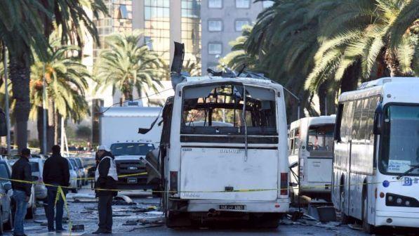 Tunisia, attacco terroristico contro la Guardia Nazionale